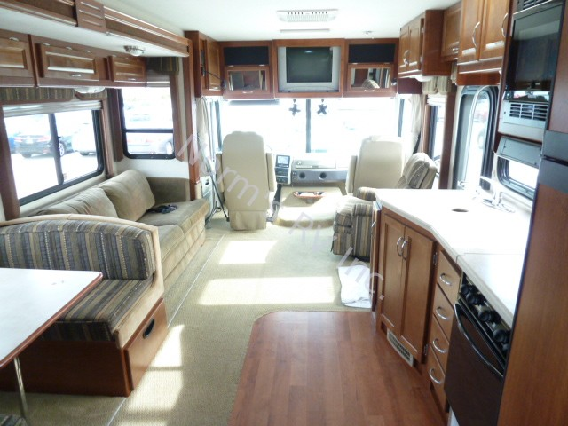 Certified Pre Owned >> Used 2005 Fleetwood Southwind 37L Certified Pre-Owned 11K ...