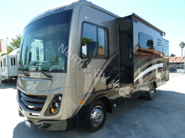 Beautiful 2004 Durango 5th Wheel Travel Trailer 1 Owner For Sale In San Diego
