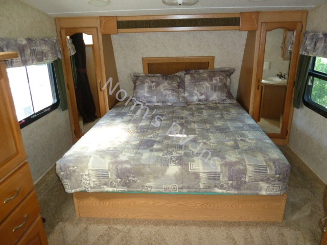 Used 2016 Keystone Cougar 244EFS Rear Lounge @ Norm's RV Inc. in San Diego, CA