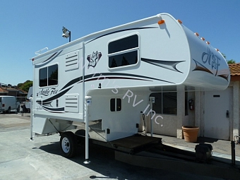 Used 2014 Northwood Manufacturing Arctic Fox 811 Truck Camper - Short Bed