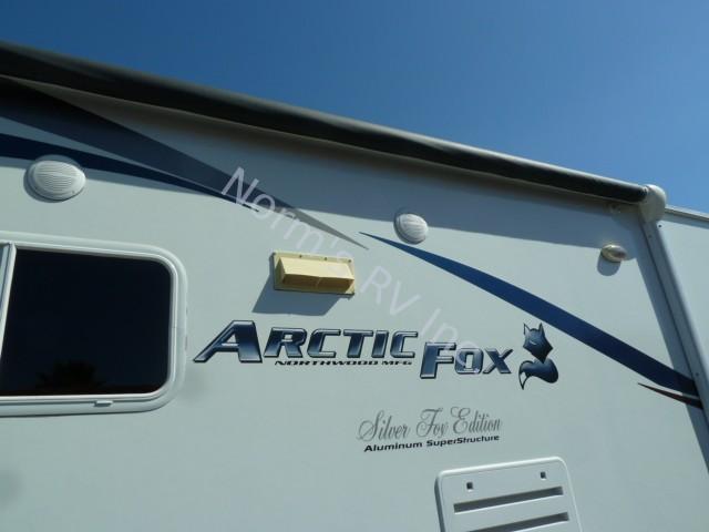 Used 2011 Northwood Manufacturing Arctic Fox 30u Silver