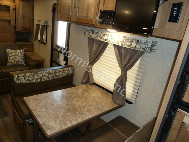 Used 2017 Forest River Rockwood Mini Lite 2306 @ Norm's RV Inc. in San Diego, CA