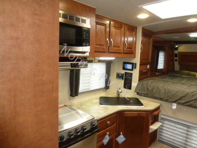 New 2019 Northwood Manufacturing Arctic Fox 990 Truck Camper @ Norm's RV Inc. in San Diego, CA