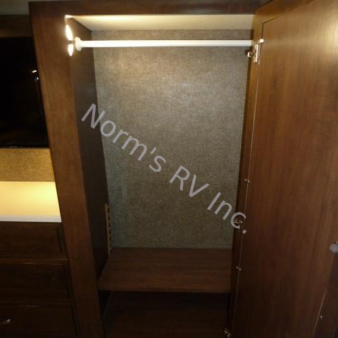 Used 2017 Thor Miramar 34.2 @ Norm's RV Inc. in San Diego, CA
