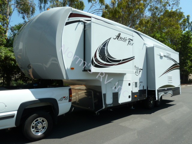 New 2019 Northwood Manufacturing Arctic Fox 28-5C Silver Fox Edition @ Norm's RV Inc. in San Diego, CA