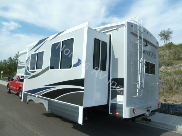 New 2019 Northwood Manufacturing Arctic Fox 27-5L Silver Fox Edition @ Norm's RV Inc. in San Diego, CA